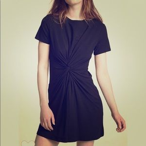 New theory dress fits so nice great material